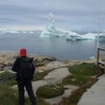 Antonio de la Rosa viendo el glaciar de Ilulissat