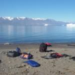 Antonio de la Rosa en una isla en Groenlandia